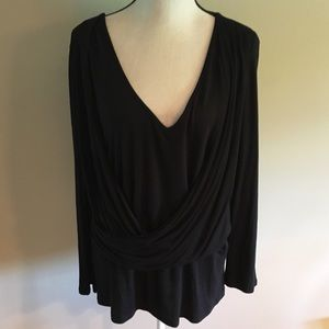 NY Collection women's plus 2x black v neck top